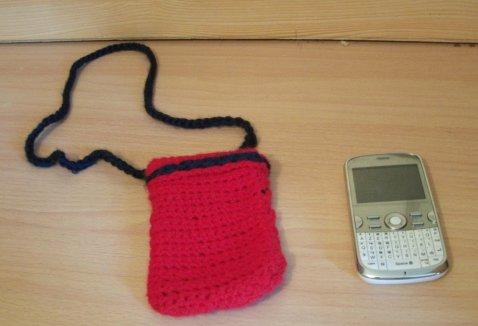 Le crochet, un passe temps E-et-Cie-pochette-telephone-au-crochet-00